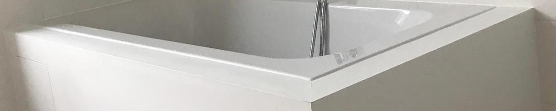 Réalisation du mobilier de salle de bain en bois